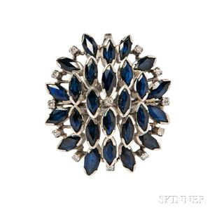 18kt White Gold and Sapphire Cluster Ring