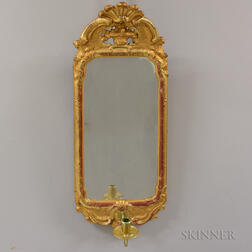 Continental Rococo-style Carved and Gilt Mirrored Sconce