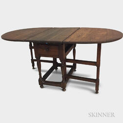 William and Mary Pine One-drawer Drop-leaf Table