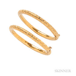 Pair of High-karat Gold Bracelets
