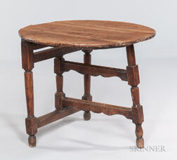 Early Pine and Maple Folding Table
