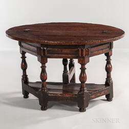 William and Mary Oak Oval Gate-leg Table