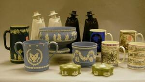 Fourteen Assorted Wedgwood Articles