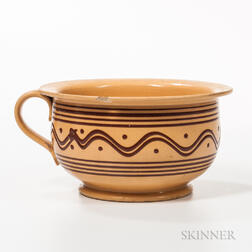 Yellow-body Slip-decorated Chamber Pot