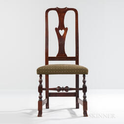 Queen Anne Pierced Heart Vase-back Side Chair