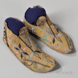 Apache Pictorial Beaded Hide Moccasins