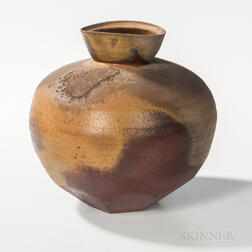 Paul Chaleff (b. 1947) Studio Pottery Vessel
