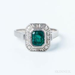 14kt White Gold and Emerald Ring