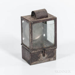 Small Reflecting Fluid Lamp