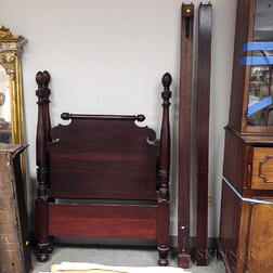 Classical-style Carved Mahogany Four-post Bed