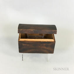 Small Grain-painted Pine Dome-top Box