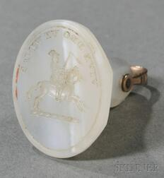 Intaglio-carved Agate Pendant Seal with Crest