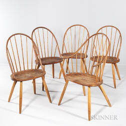 Five Thomas Moser Bow-back Windsor Chairs