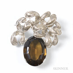 18kt White Gold Brooch with Oval-cut Smokey Quartz Drop