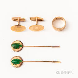 18kt Gold Band, a Pair of 14kt Gold Cuff Links, and a Pair of Hardstone Stickpins