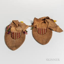 Pair of Northeast Hide Moccasins