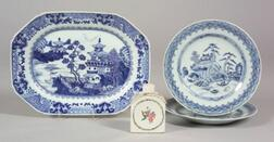Four Chinese Export Porcelain Items