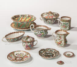 Eleven Rose Medallion Table Items