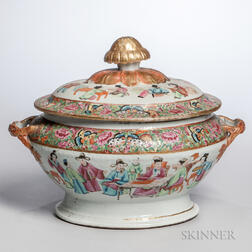 Export Porcelain Famille Rose Covered Tureen
