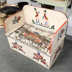 Peter Hunt-style Paint-decorated Storage Bench.     Estimate $40-60