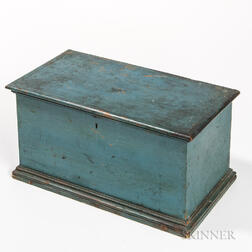 Blue-painted Miniature Six-board Chest
