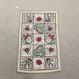 Floral-decorated Hooked Rug