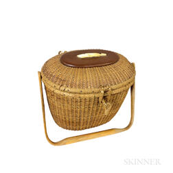 Nantucket Basket Purse with Whale Medallion