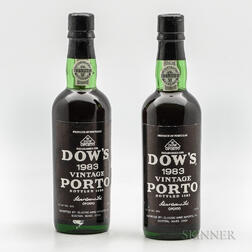 Dows Vintage Port 1983, 2 demi bottles