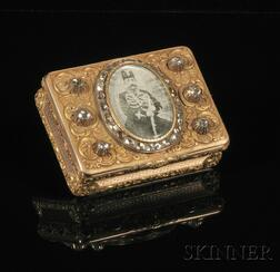Fine French Bicolor Gold and Diamond-mounted Snuff Box