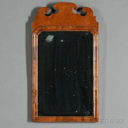 Queen Anne-style Walnut-veneer Mirror