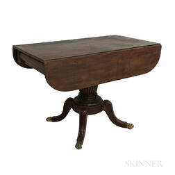 Classical Mahogany Drop-leaf Table