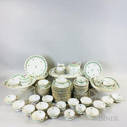 Approximately 115-piece Herend Persil-pattern Porcelain Dinner Service for Twelve