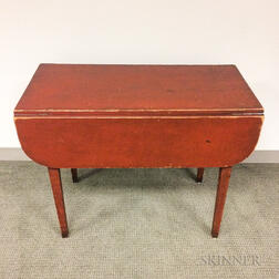 Federal Red-painted Maple and Pine One-drawer Drop-leaf Table