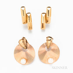 Two Pairs of Retro 14kt Gold Earclips