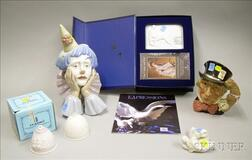 Six Porcelain Collector Items