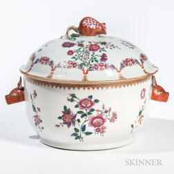 Export Famille Rose Covered Tureen
