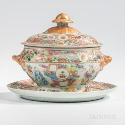 Rose Mandarin Armorial Export Porcelain Tureen and Undertray with the Arms of the Hamilton Clan, England