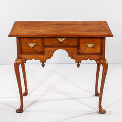 Queen Anne Mahogany Dressing Table