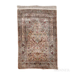 Hereke Prayer Rug