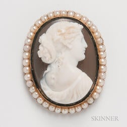 Victorian Gold- and Pearl-mounted Cameo Brooch