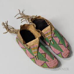 Lakota Beaded Hide Moccasins