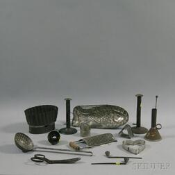 Fourteen Tin and Metal Kitchen Items