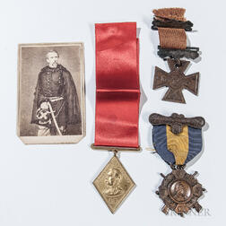 Kearny Cross, Phil Kearny Division Medal, Carte-de-visite of General Kearny, and a Connecticut Defense of Washington Medal