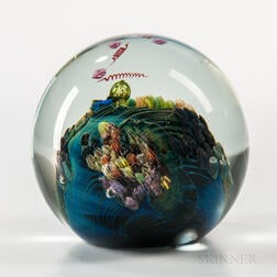 Josh Simpson (b. 1949) Glass Paperweight
