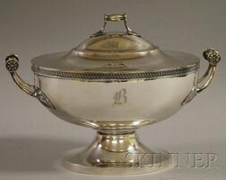 Gorham Classical-style Silver-Plated Tureen