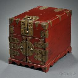 Red Lacquered Wood Cosmetic Chest