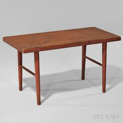 Shaker Red-stained Bench