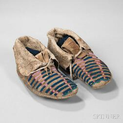 Pair of Crow or Blackfeet Side Seam Moccasins