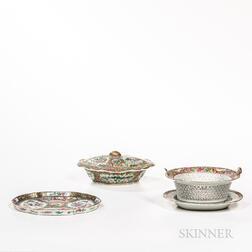 Four Pieces of Rose Medallion Pattern Export Porcelain