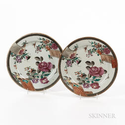 Pair of Floral-decorated Export Porcelain Plates